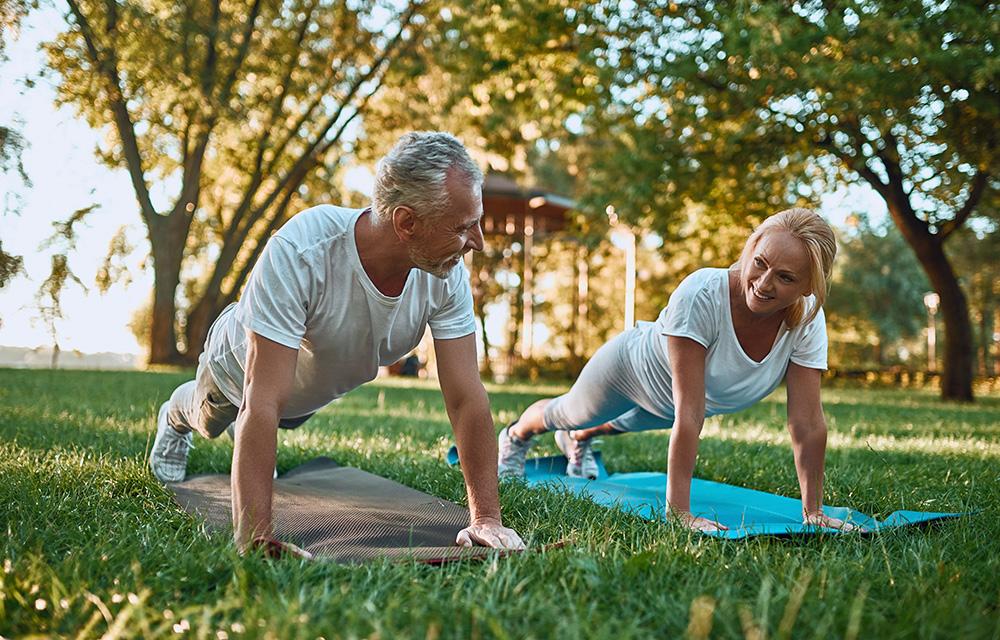 Exercícios ao ar livre 60mais