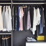 Como dar nova utilidade para as roupas que você não quer mais usar