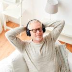 6 dicas de podcasts para você se informar e se divertir