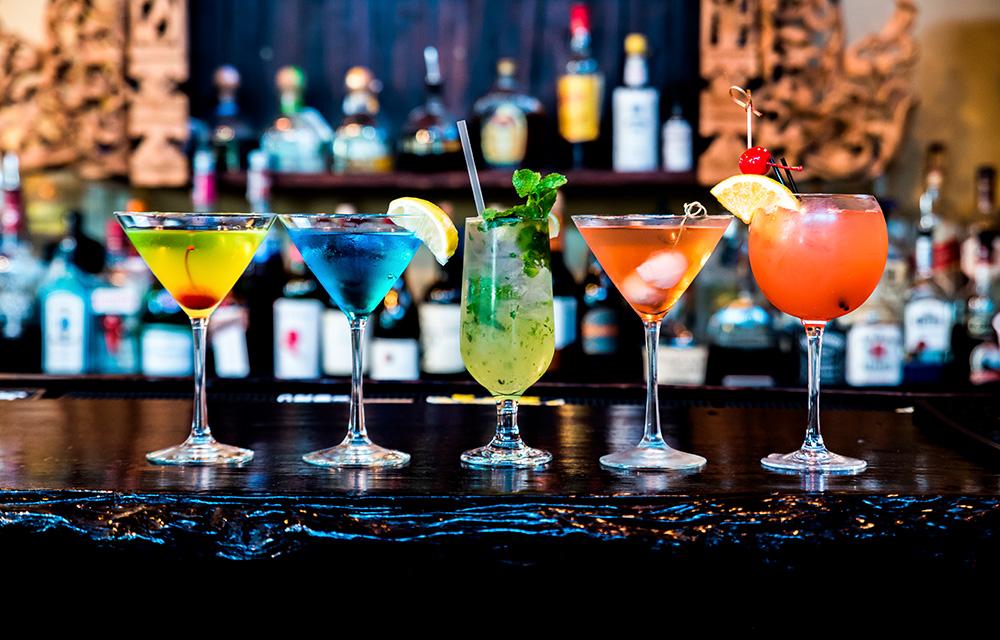 Bebidas alcoolicas e sucos industrializados causam envelhecimento precoce 60 mais