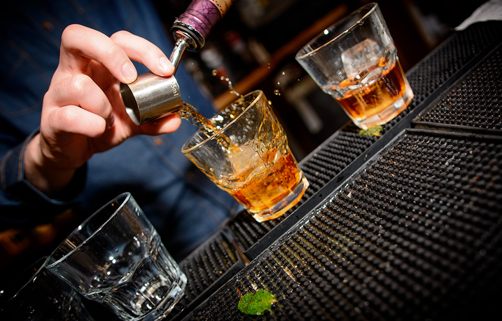Drinks para brindar a longevidade Old Fashioned 60 mais