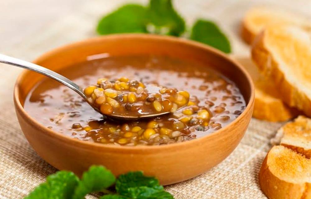 Dahl de lentilha e espinafre vegano - 60 mais
