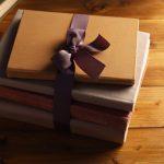 Dicas de livros para presentear no fim do ano