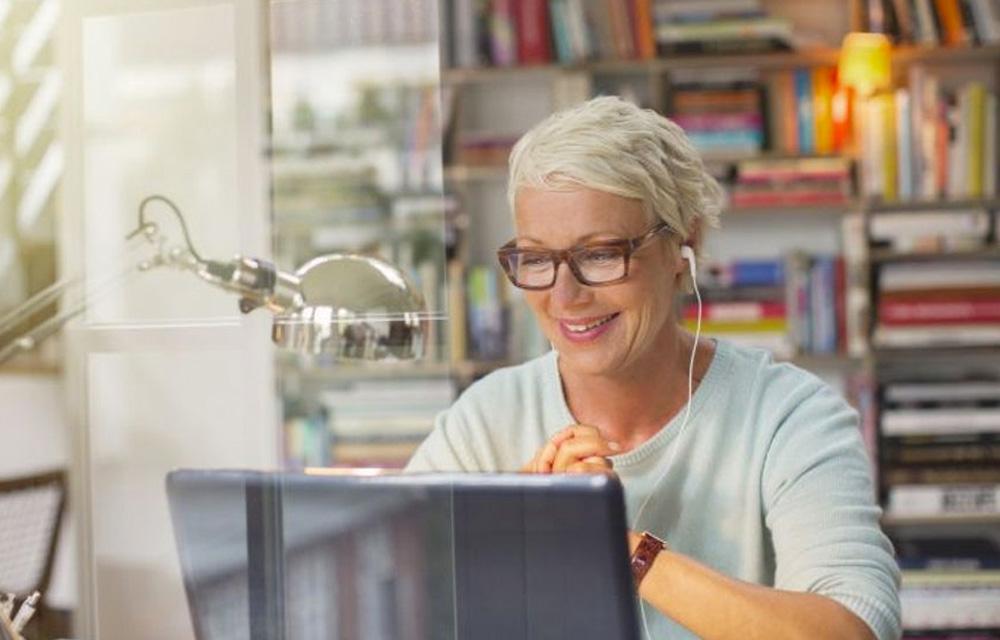Hábitos positivos para praticar em 2021: cursos online - 60+