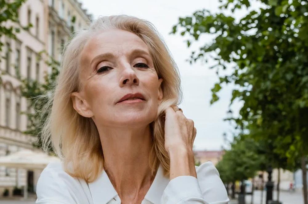 Dores e delícias de ser uma mulher madura - 60 mais